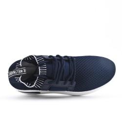 Zapatilla azul en tejido elástico con encaje