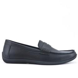Black imitation leather moccasin
