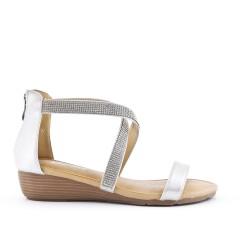 Sandale blanche ornée de strass