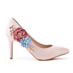 Escarpin rose orné de fleur