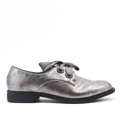 Gray derby with ribbon lace