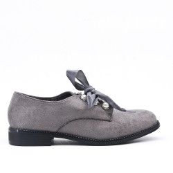 Grey Derby en Pearl Faux Suede