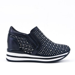 Navy blue sneaker with lace rhinestones