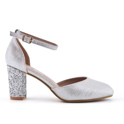 Silver pumps with sequined heels