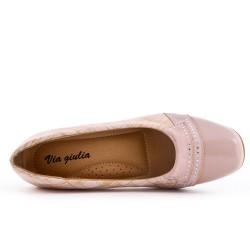 Pink pumps with heels