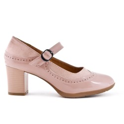 Pink faux leather pump with buckled bridle