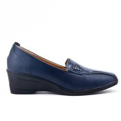 Chaussure confort bleu marine en simili cuir avec petit compensé