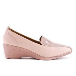 Chaussure confort rose en simili cuir avec petit compensé