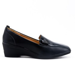 Black faux leather comfort shoe with small wedge
