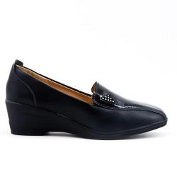 Chaussure confort noir en simili cuir avec petit compensé