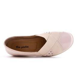 Chaussure confort rose empiècement élastique avec petit compensé