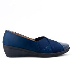 Chaussure confort bleu marine empiècement élastique avec petit compensé