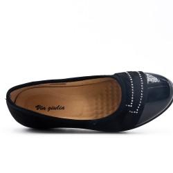 Chaussure confort noire ornée de strass