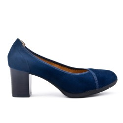 Navy pump in faux suede with heel