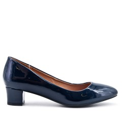 Navy pump in patent leather with small heels