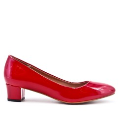 Red patent pump with small heels