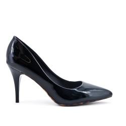 Black stiletto pump with stiletto heel