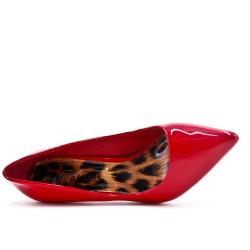 Escarpin rouge en vernis à talon aiguille