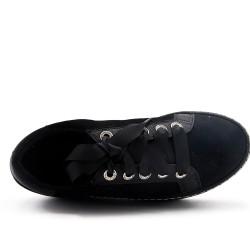 Basket noire plateforme à lacet ruban
