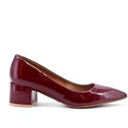 Burgundy pumps in low heel