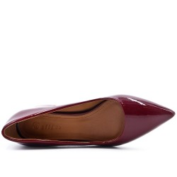 Burgundy pumps in low heel