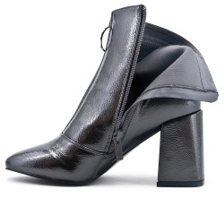 Gray ankle boot with thick heel