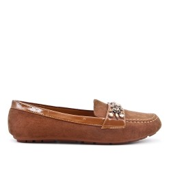 Camel moccasin in faux suede with rhinestone straps