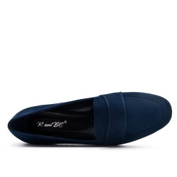 Blue moccasin in faux suede with flange