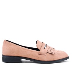Pink moccasin in faux suede with bangs