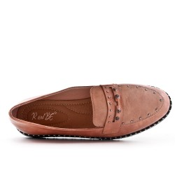 Pink moccasin with flange