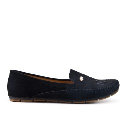 Black comfort moccasin in faux suede