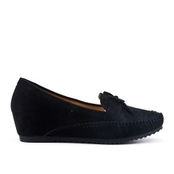 Black moccasin in faux suede with small wedge