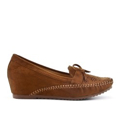 Camel moccasin in faux suede with small wedge