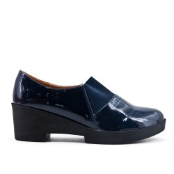 Blue pumps in thick heel