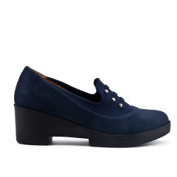 Blue suede faux leather pumps with thick heels