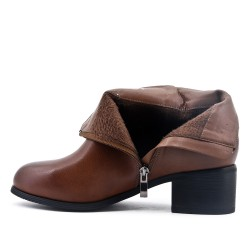 Camel imitation leather ankle boot