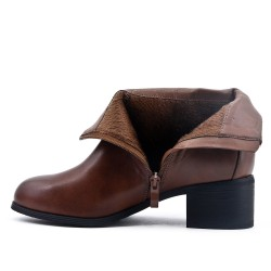 Camel ankle boot in faux leather with square heel