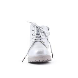 Bota de niña de plata con encaje
