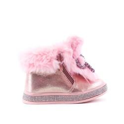 Bota de niña peluda rosa con lazo