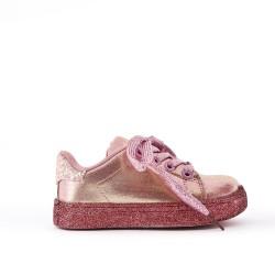 Tenis de encaje rosa
