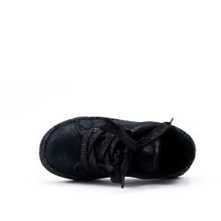 Tennis noir à lacet