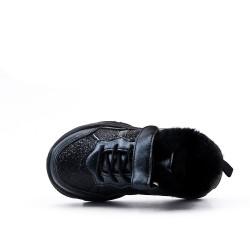 Basket fourrée noire à lacet