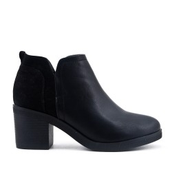 Bi-material black boot with heel