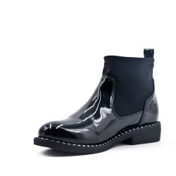 Black ankle boot with sock polish