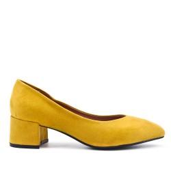 Escarpin jaune en simili daim à petit talon
