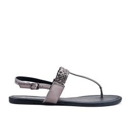 Gray sandal with braided flange in large size