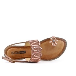 Champagne sandal with toe ring in large size