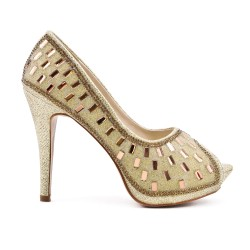 Golden pump with rhinestones and heel