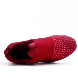 Basket rouge ornée de strass