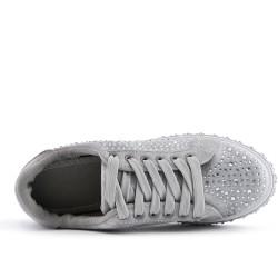 Basket grise ornée de strass